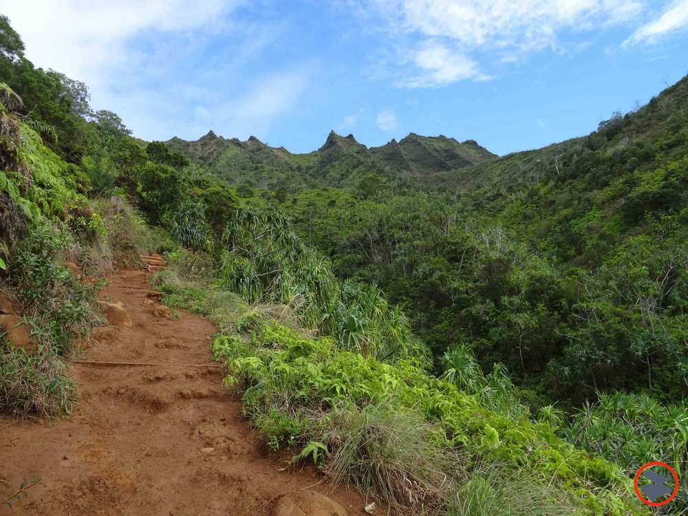 Kalalau-Trail-on-Napali-Coast.jpg