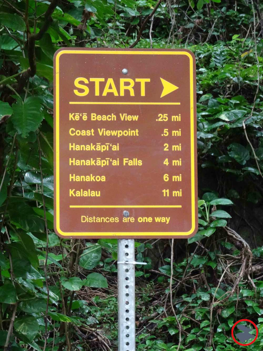 Trail-Mileage-Sign.jpg