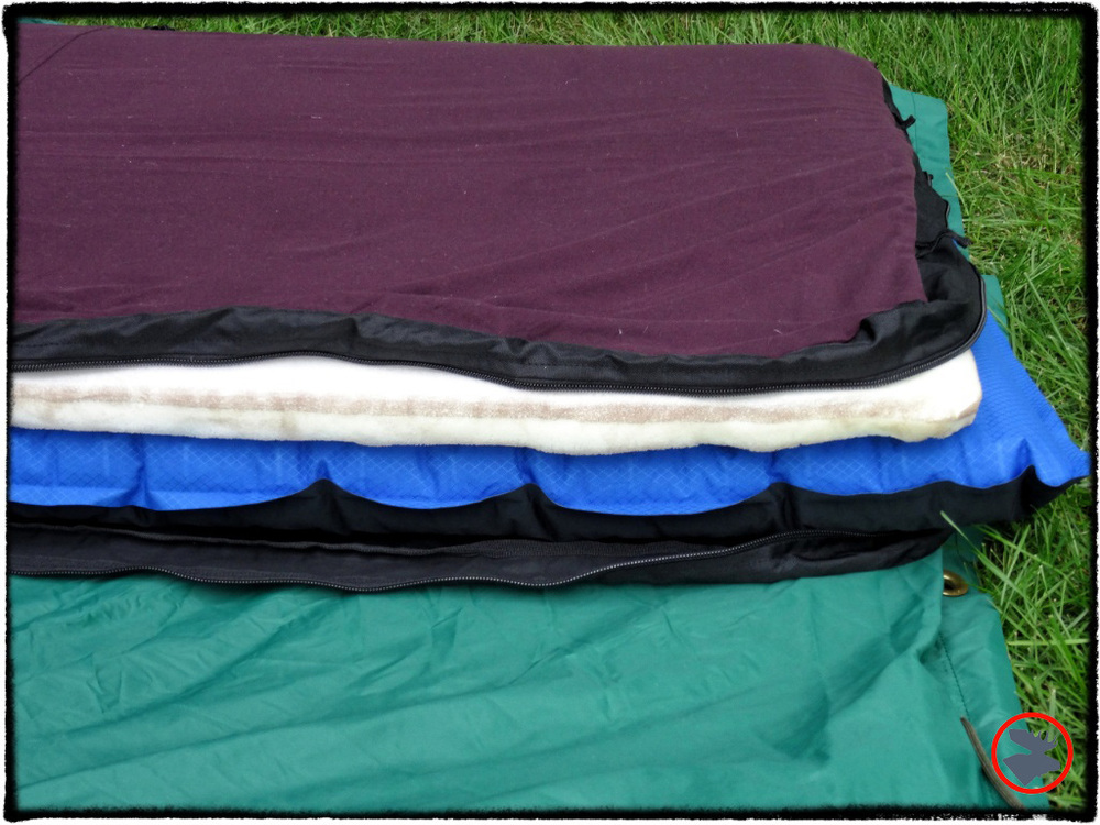 The inside makeup of the Therm-a-rest NeoAir Dream sleeping pad.