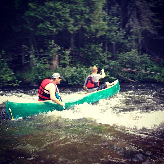 @lukeoeth and Silvers running the Brule River.