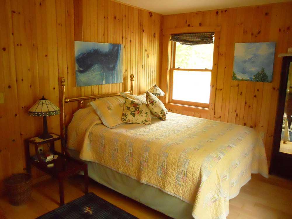 Pondsea-Liz-Room2.jpg