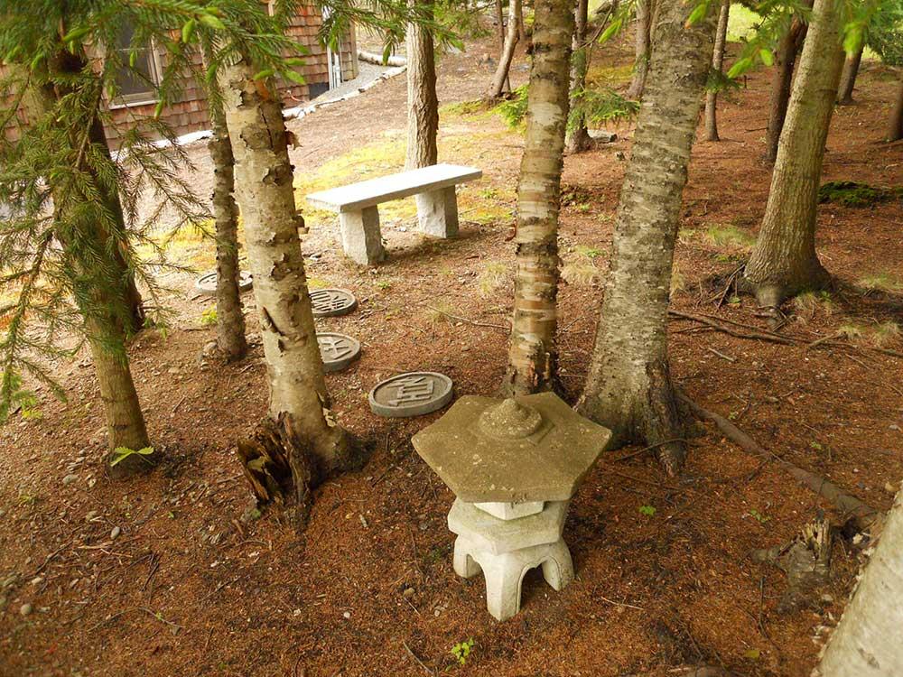 Pondsea-pagoda2.jpg
