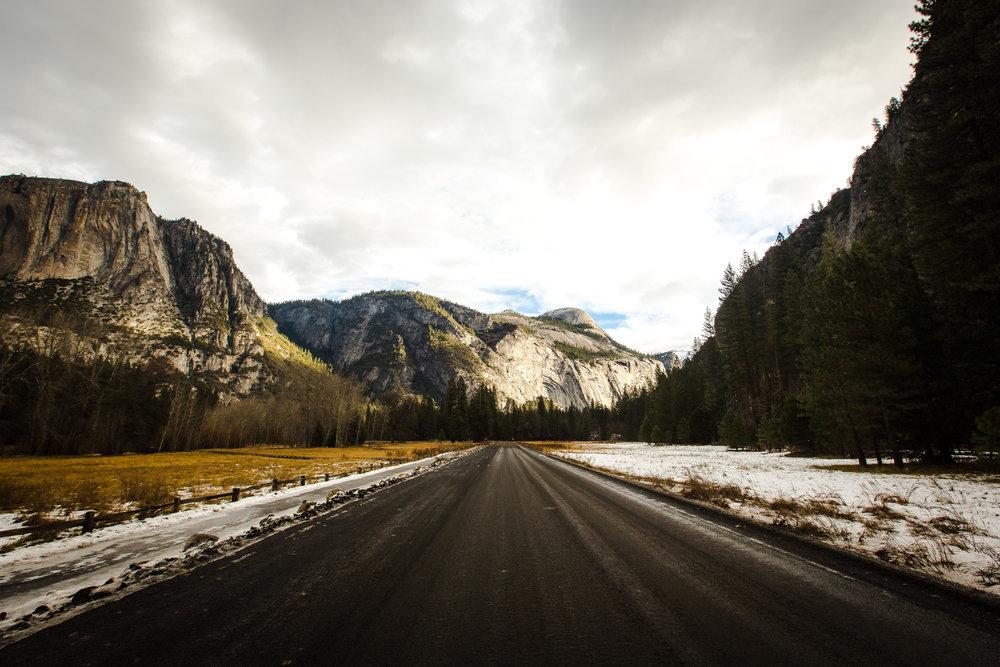 TS - Road to adventure, USA.jpg