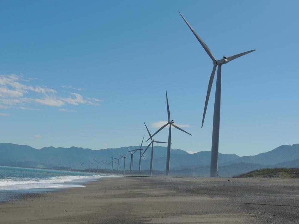 bangui windmills ilocos norte pagudpug2.JPG