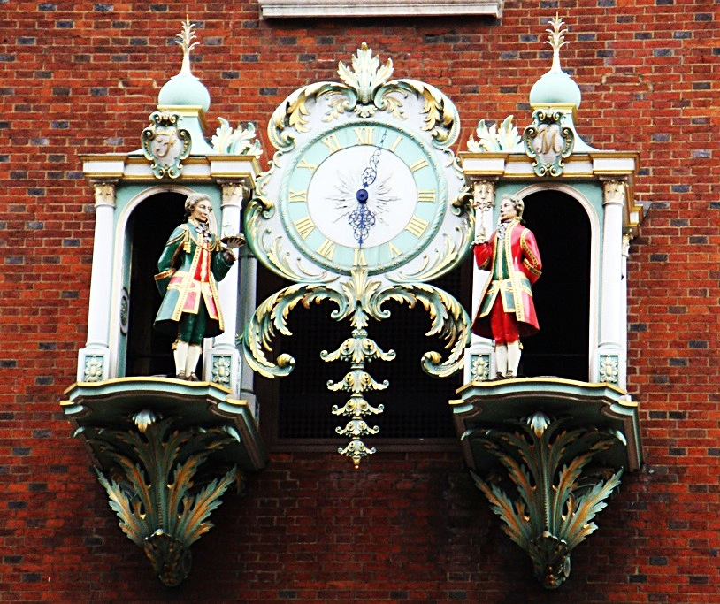 Fortnum mason gets ready to set christmas holiday - Fortnum and mason christmas decorations ...