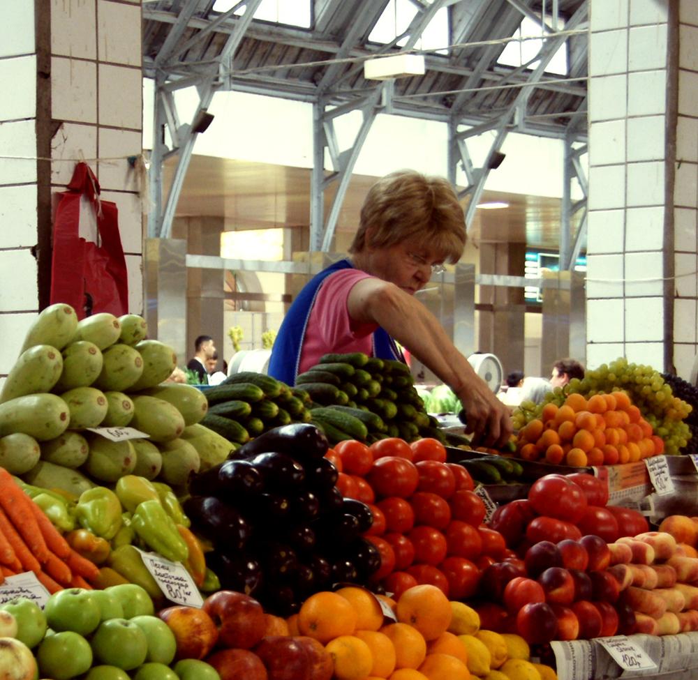 Kuznechny Market, St. Petersburg Russia 1.jpg