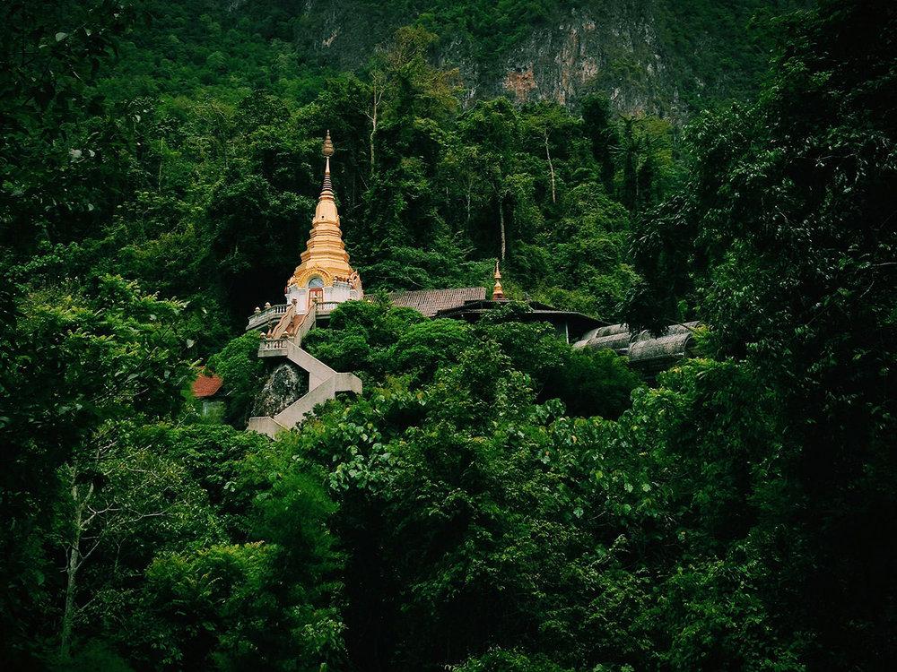 Wat Tham Pha Plong - Chiang Dao, Thailand