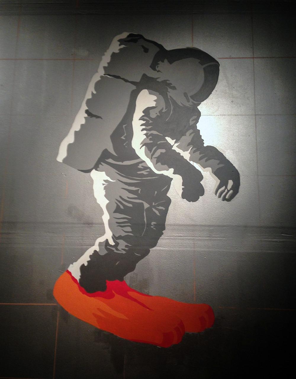 jh-om-astronaut
