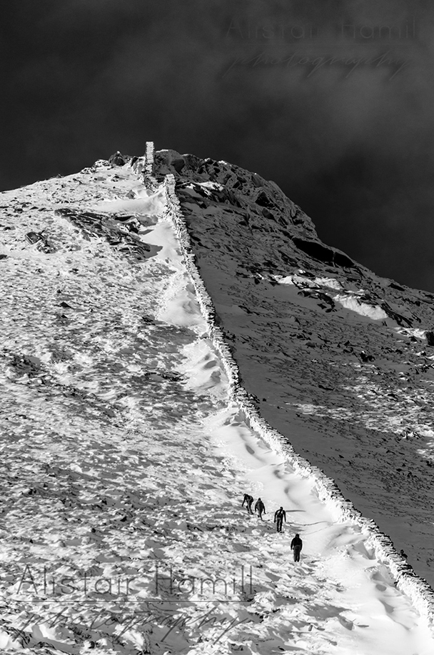 Towards the summit of Bearnagh 2 (Large) wm.jpg