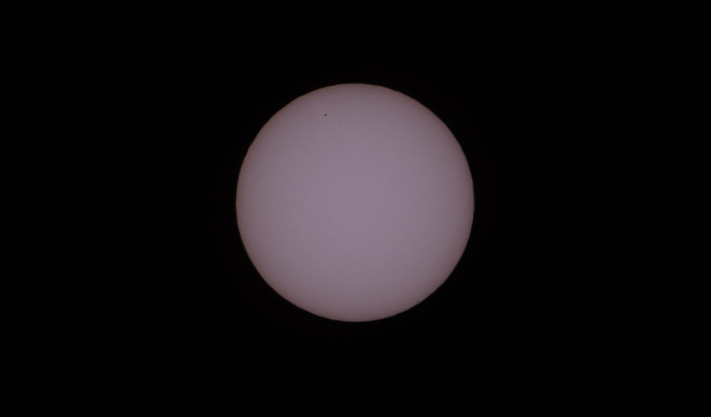 The sun at 13.30 on 19 Marc h 2015, complete with a sunspot towards the top left hand corner of the sun.