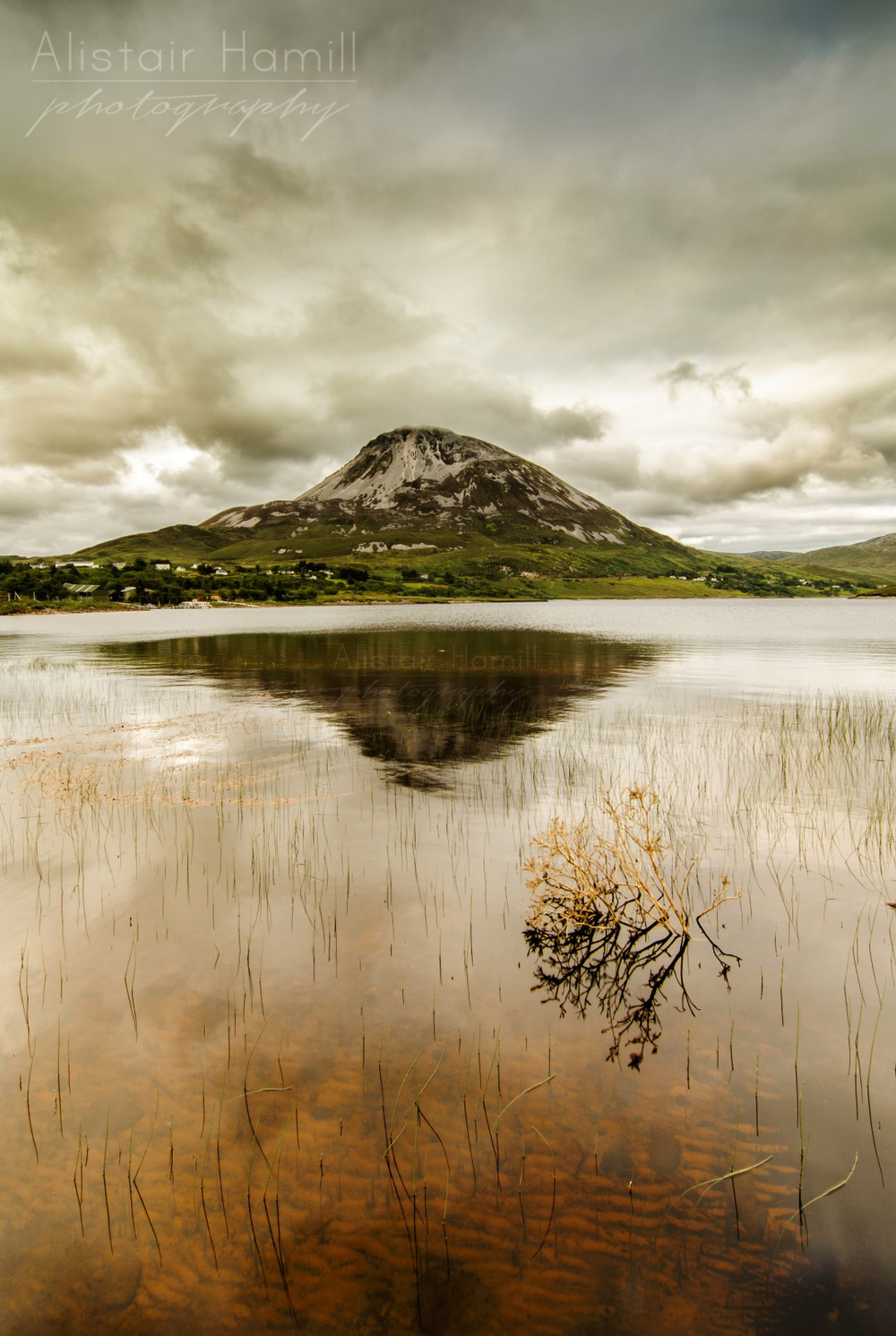 Errigal reflection stretched (Large) wm.jpg