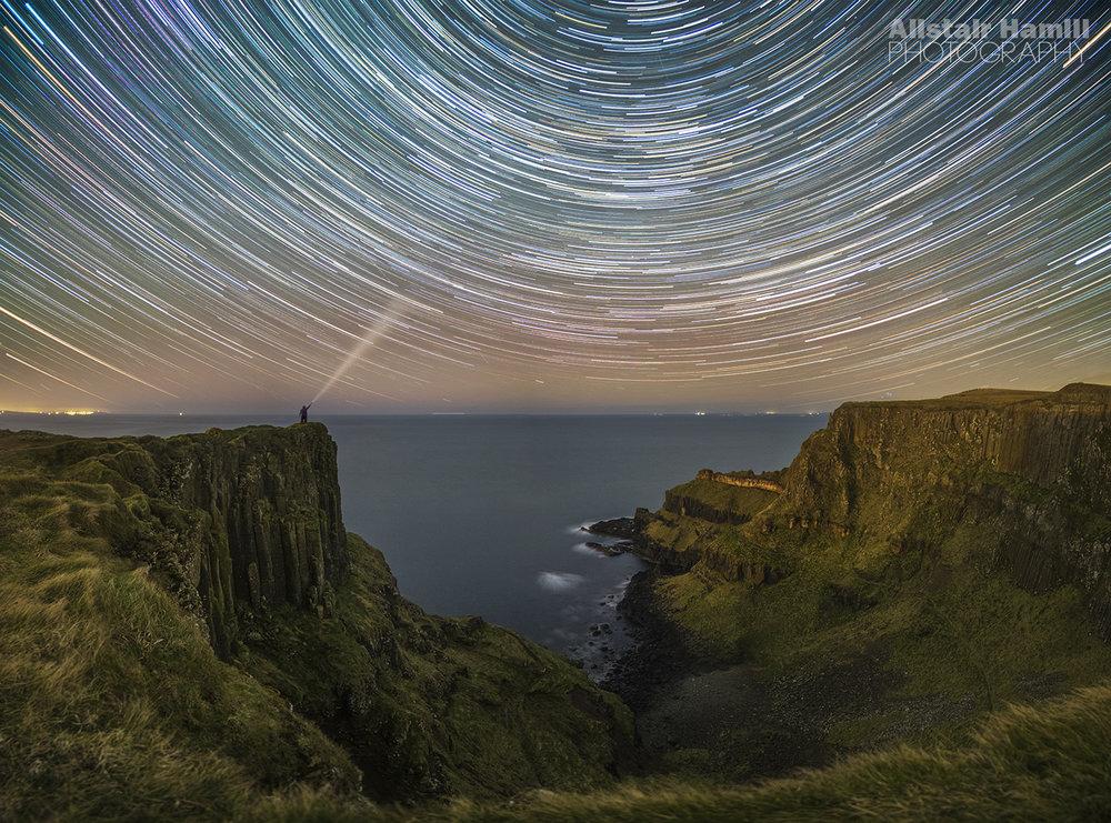 Causeway cliff aurora star trails (final version) (large) WM.jpg