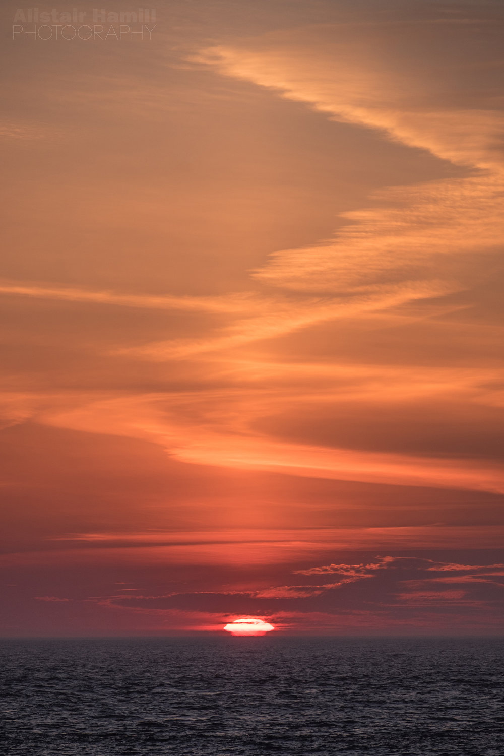 Vertical sun pillar.jpg