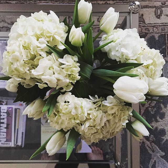 If someone says $14 can't buy happiness, don't listen to them. 😉 #tulips #hydrangea #allwhitealways