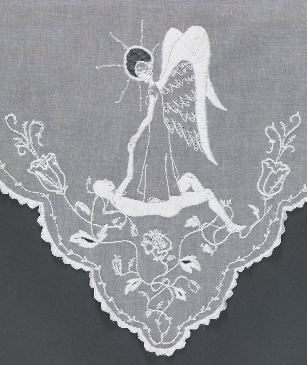 The Heroine's Veil - front detail