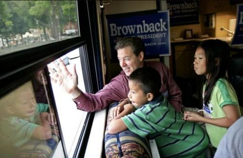 sam brownback waving goodbye