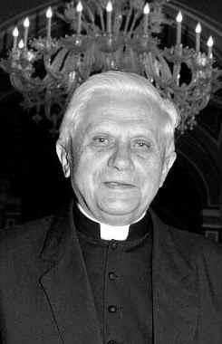 RatzingerChandelier