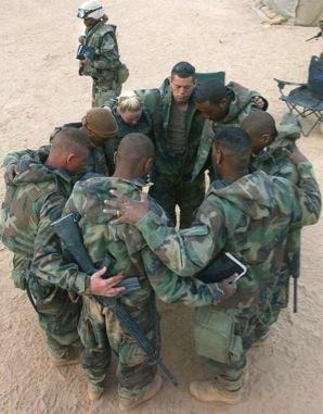 SoldiersPraying