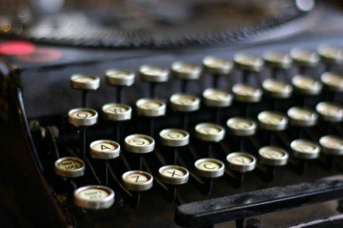 Typewriter 02