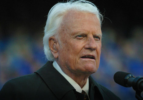 Oops: TV station mistakenly reports Billy Graham's death