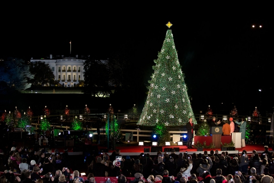 WEB20121206-national-christmas-tree-lighting-Official-White-House-Photo-by-Lawrence-Jackson