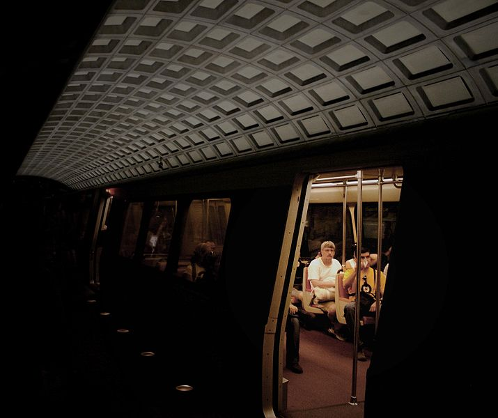 715px-Rolling_stock,_open_door_-_Metro_Center