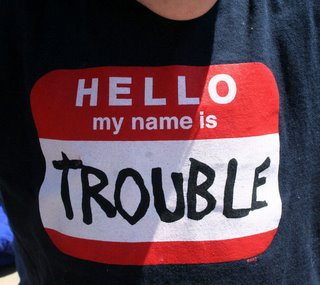 T Shirt Hello My Name is TROUBLE 766236