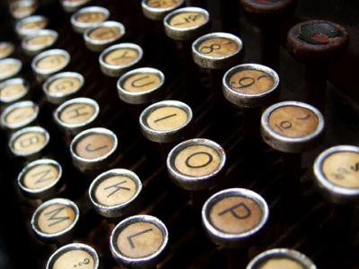 Typewriter Keyboard 01