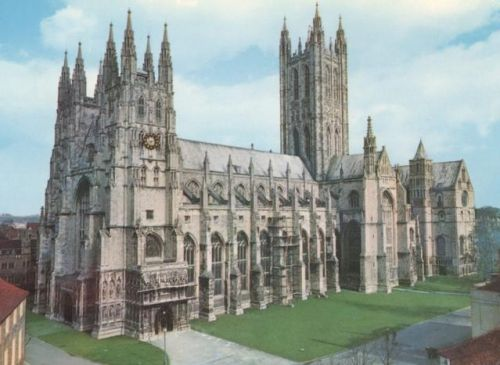 canterbury cathedral 01