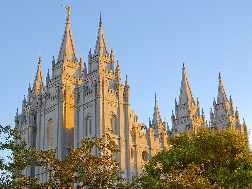LDS temple01.jpg