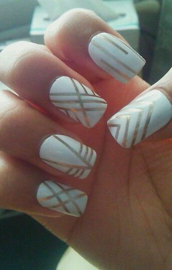 IMAGE SOURCE: NAIL ART DAZZLE