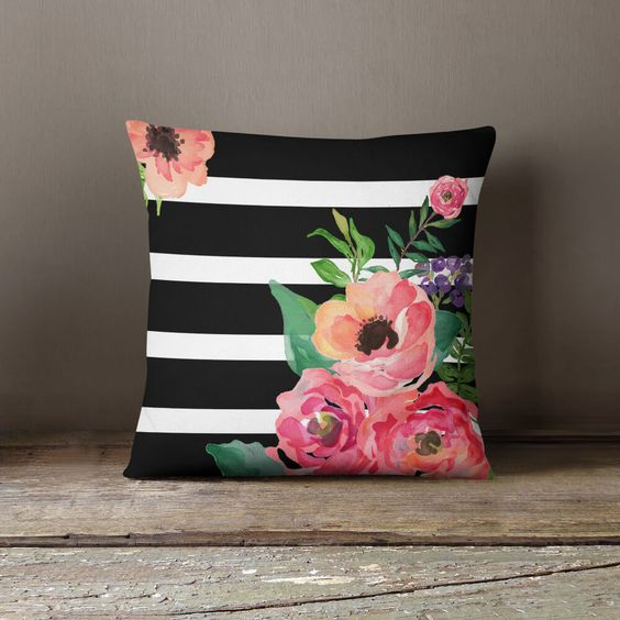 throw pillow 3.jpg