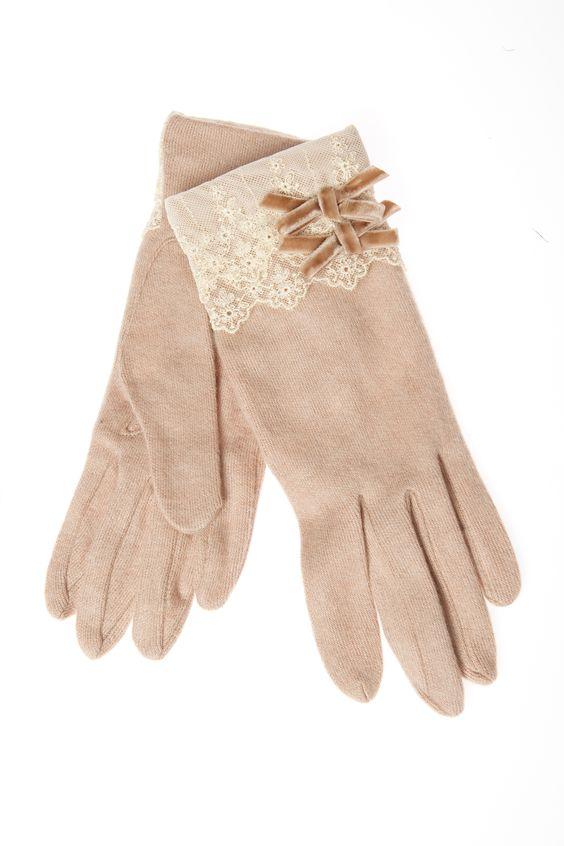 glove 4.jpg