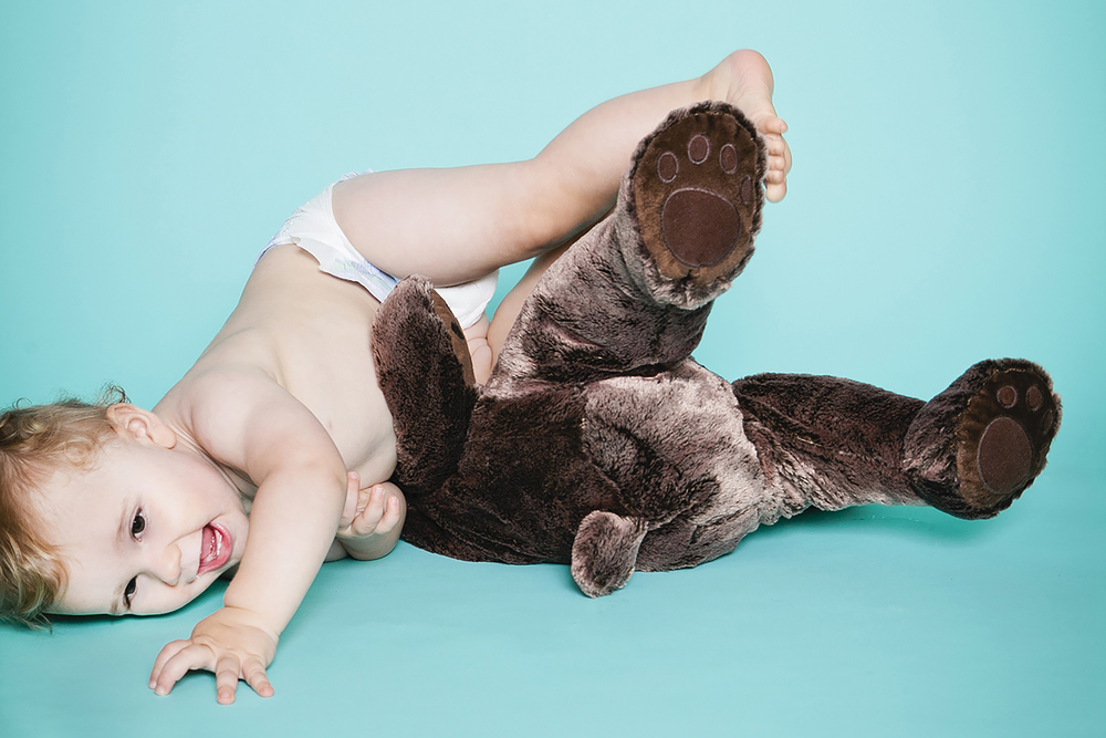 lifestyle-editorial-children-washington-dc-malek-naz-photography-contempo-kids-teddy-bear.jpg