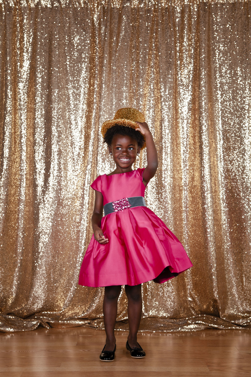 lifestyle-editorial-children-washington-dc-malek-naz-photography-contempo-kids-fashion-gold-sequin.jpg
