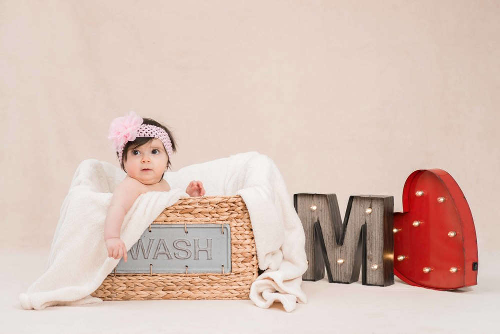 Baby Session idea | Ricardo & Angela Photography - Brampton Photographer, Toronto GTA