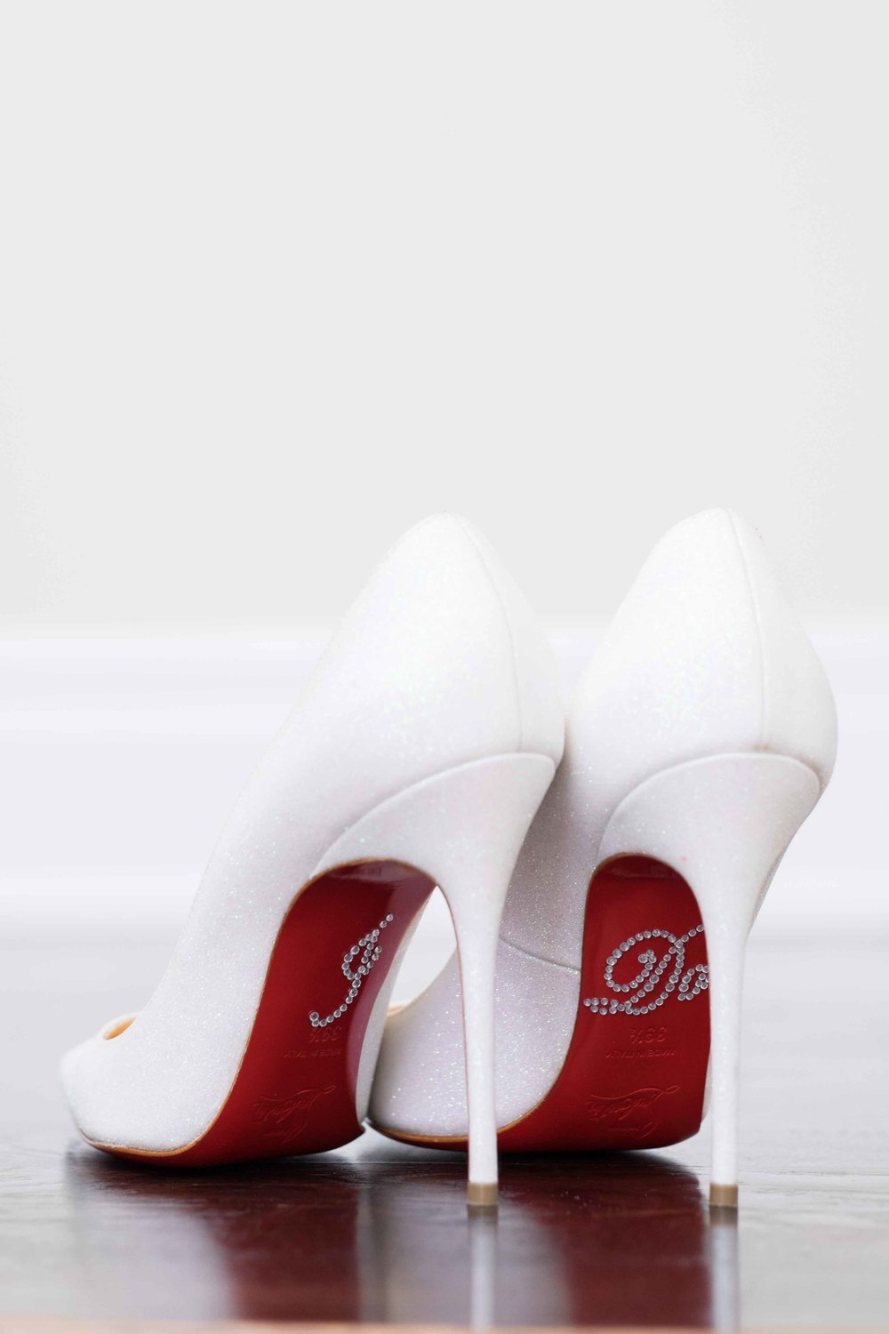 Bride Shoes Ideas RicardoeAngela Photography