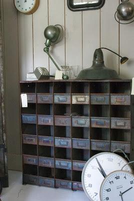 metal+cabinet.jpg