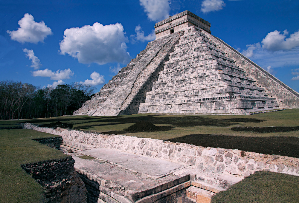 Temple of Kulculcan (El Castillo)