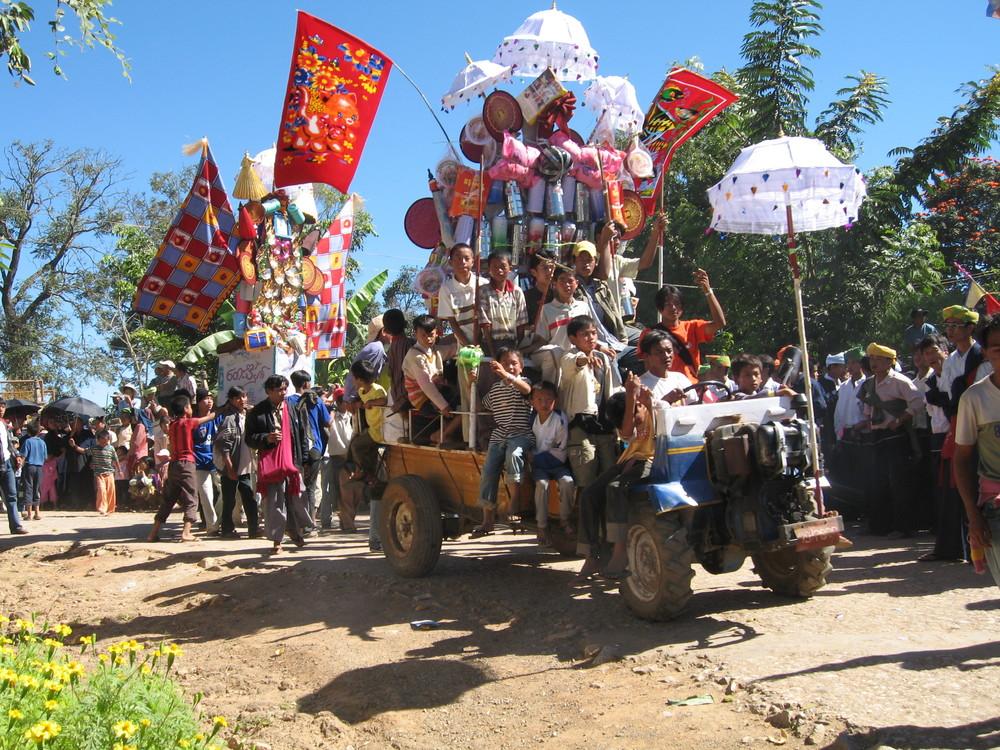 Daezung Festival, Myanmar