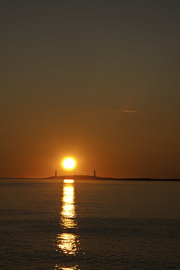 sunrise-gloucester-Massachusetts-twin-lights.jpg