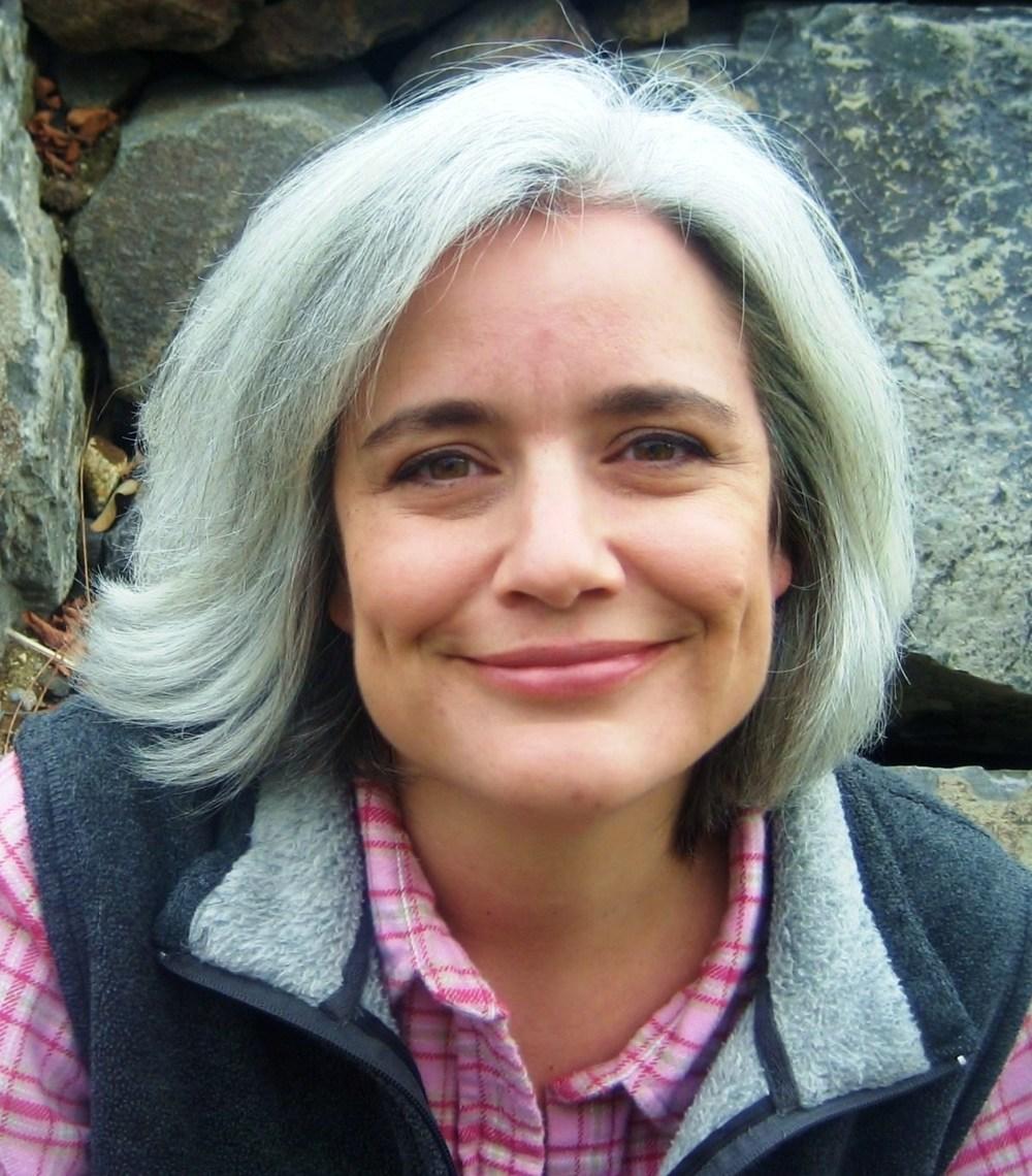 Julie Dillard.jpg