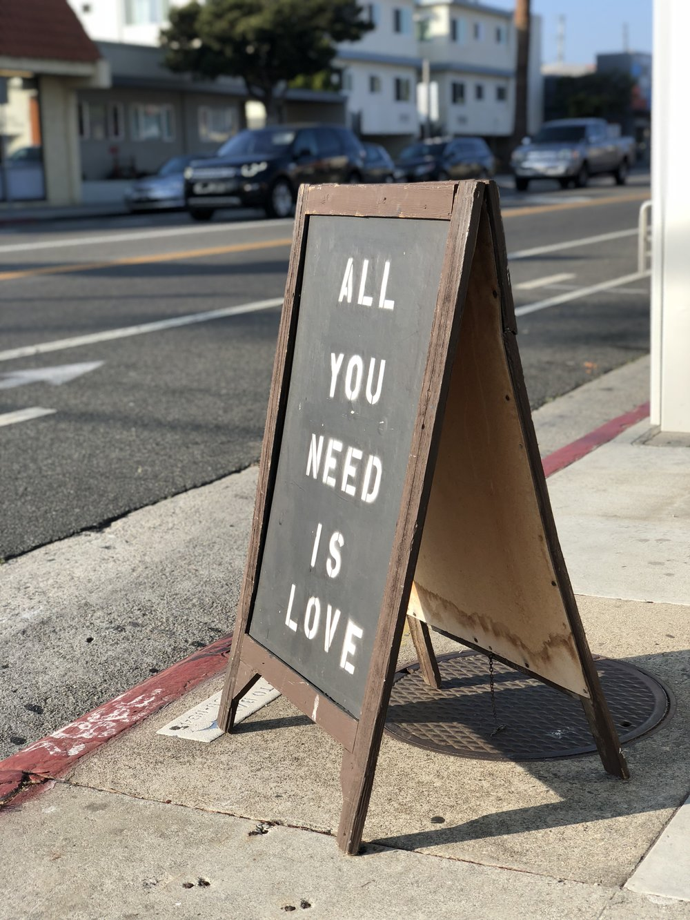 Santa Monica, CA - June 2018 - Walking to get a bottle of wine - Shot on iPhone X