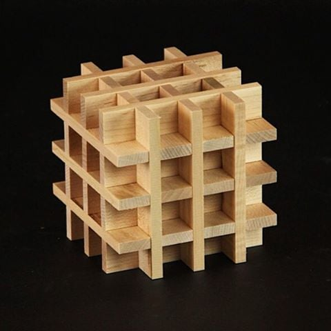 KEVA Challenge: The woven box can be picked up as a unit and moved. The first layers require careful building. The further you build, the easier it becomes. Can you build it? #kevaplanks #buildamind #kevachallenge #keva