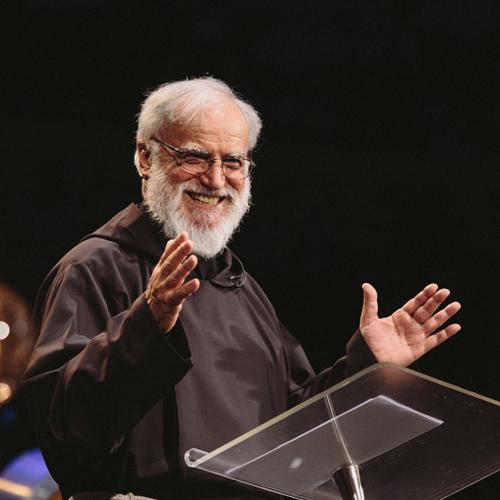 """""""En mi opinión, Alpha realiza un labor increíble, en hacer que las personas se interesan por la fe y en hacer la fe relevante para el hombre moderno.""""    Padre Raniero Cantalamessa   Predicador en Papal Household"""