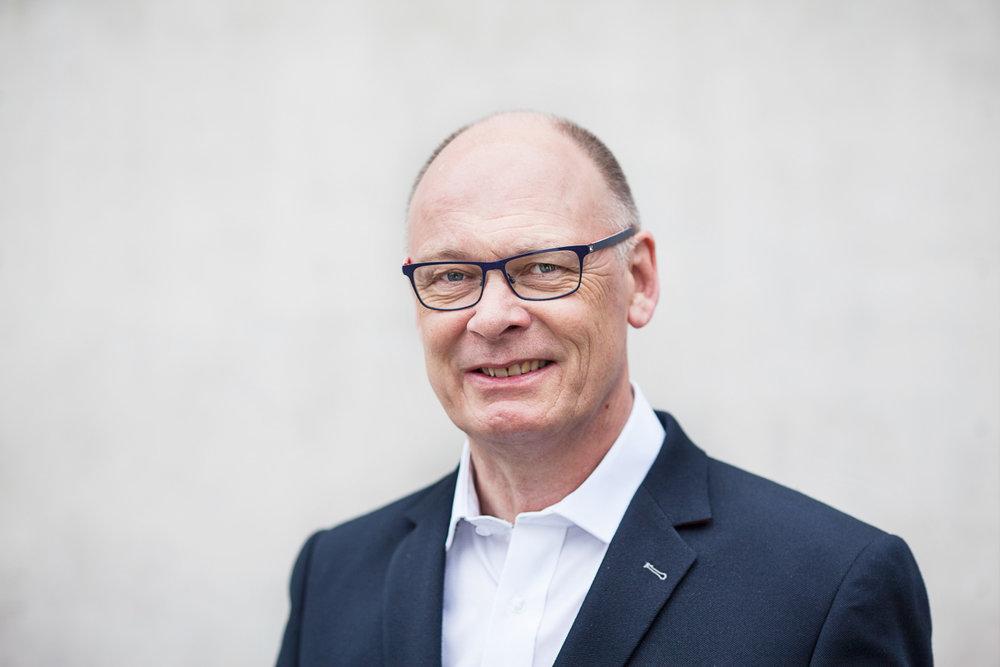 Karsten Bach, Landsleder  info@alphadanmark.dk