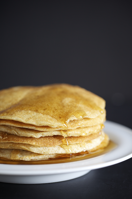 Evi-Abeler-Photography-pancakes-maple-syrup_MG_4177.jpg