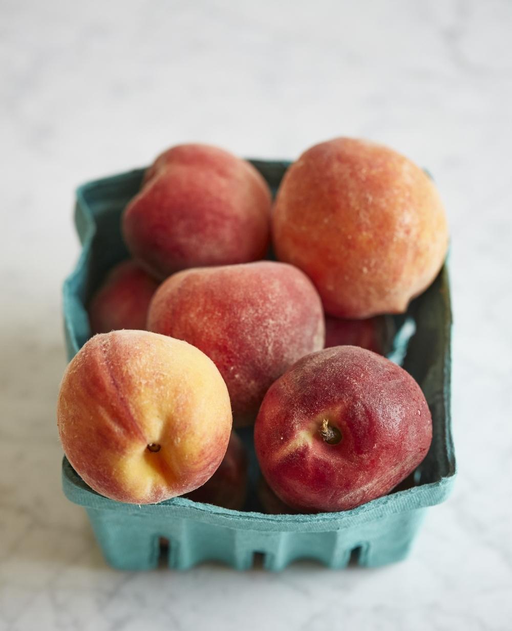 Evi_Abeler-photography-peaches