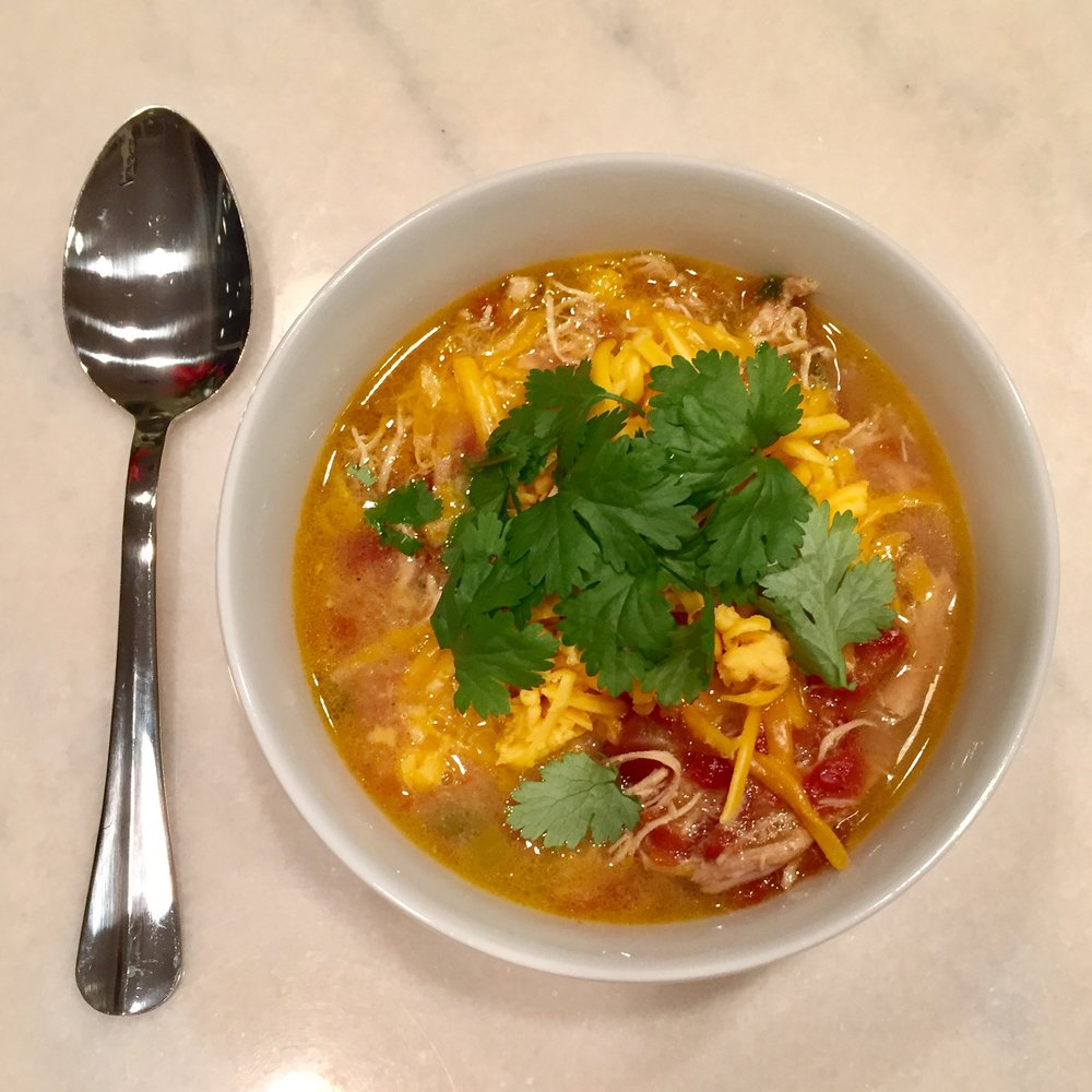 Quick & Easy Week Night Dinner - Slow Cooker Tortilla Soup, Casey Bonano RD, LD, Dallas Nutritional Counseling #dallasnutritionalcounseling #balancedeating #homecooking #quickrecipes #easyrecipe #weeknightrecipe #carbfatpro #quickeasyrecipe