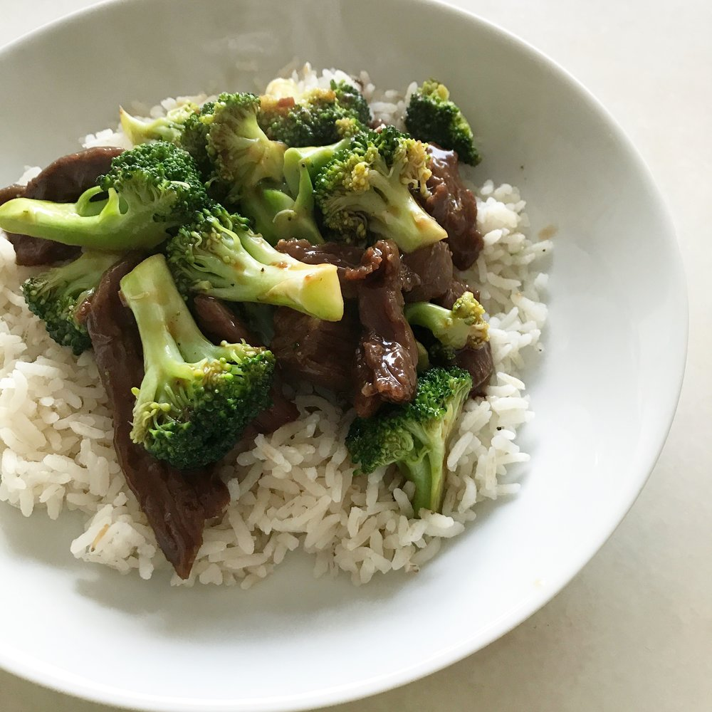 Quick & Easy Week Night Dinner - Beef & Broccoli, Casey Bonano RD LD, Dallas Nutritional Counseling #dallasnutritionalcounseling #balancedeating #homecooking #quickrecipes #easyrecipe #weeknightrecipe #carbfatpro #quickeasyrecipe #balancedeating #intuitiveeating